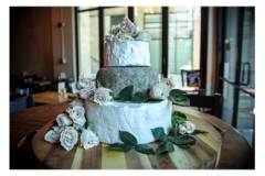 cheese-wheel-cake-with-roses-1_1